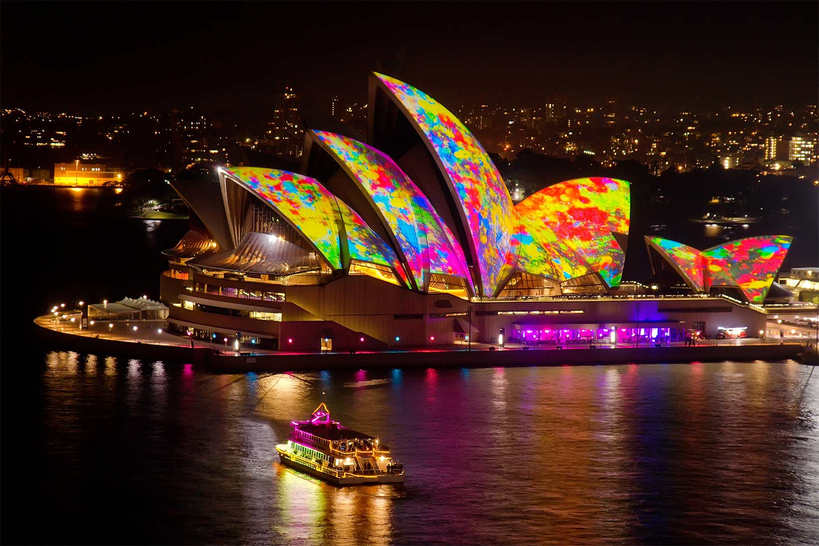 The Ultimate Guide to Vivid Sydney 2019
